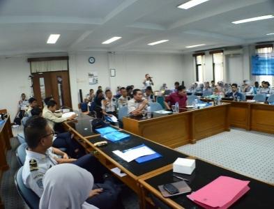 Hari ke-2 Seminar Meteorologi Klimatologi dalam rangka HMD ke-65