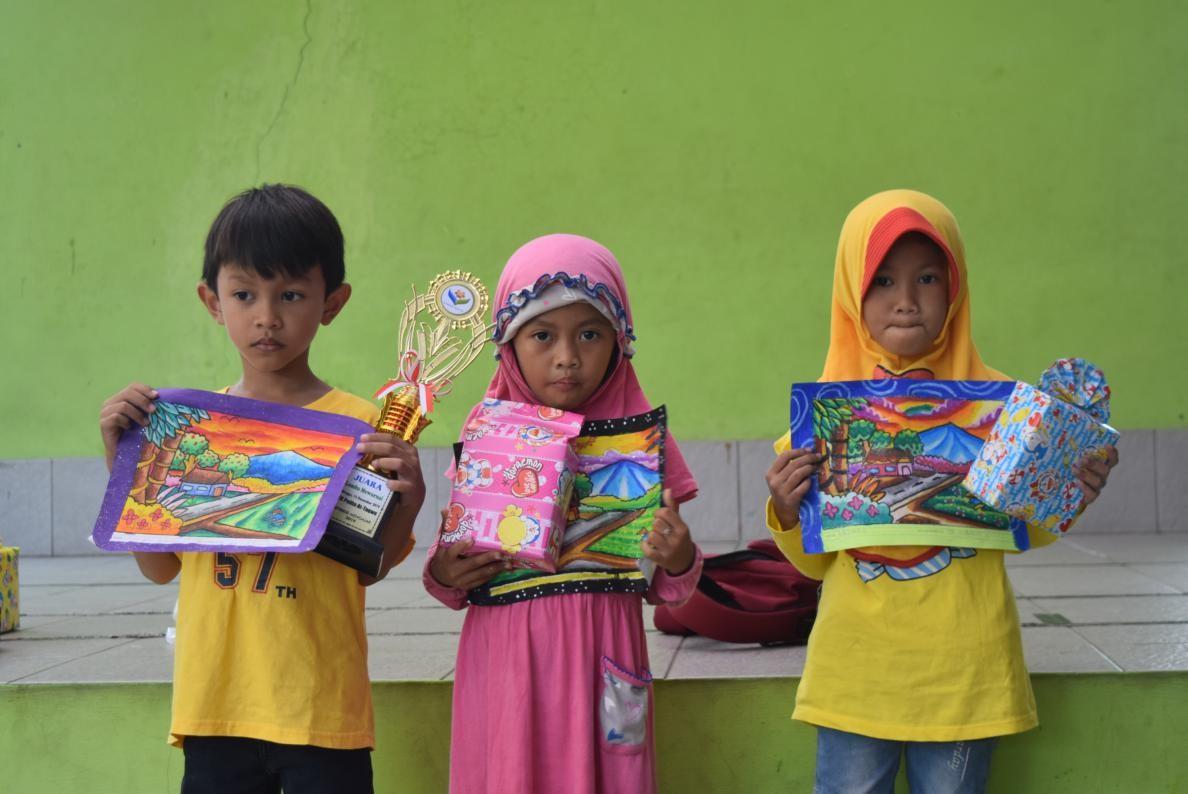 Stmkg Mengajar Mengasah Kompetensi Anak Anak Melalui Lomba Mewarnai Dan Rangking 1 Tahun 2019 Stmkg Indonesia